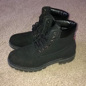 Levi's black boots (timbs)